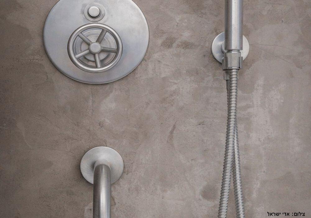 אינטרפוץ 4 דרך, מזלף וסוללה לאמבטיה ולמקלחון